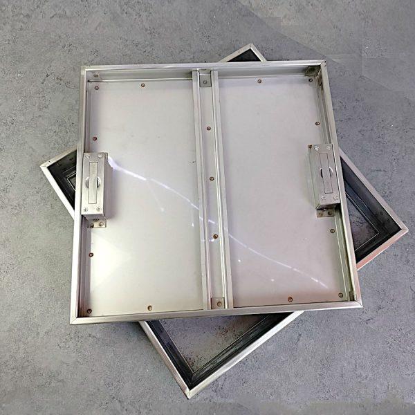 Nắp bể nước ngầm trong nhà Zavak MHI45. Nắp âm sàn bằng inox304, gạch lát 45x45cm